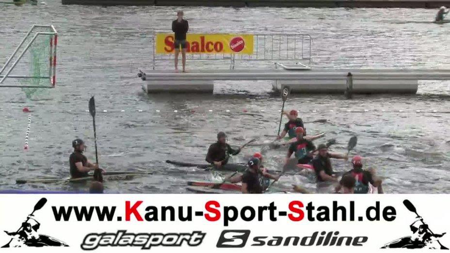 Spiel 34: Posillipo gegen Meridian bei der European Club Championships Canoepolo 2012