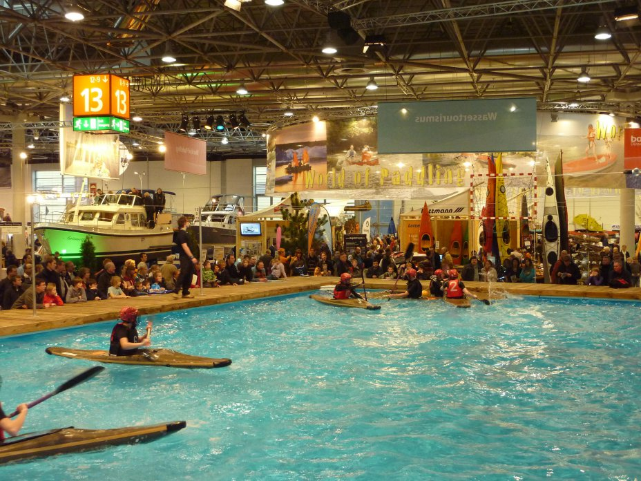 Boot 2011 mit der World of Paddling