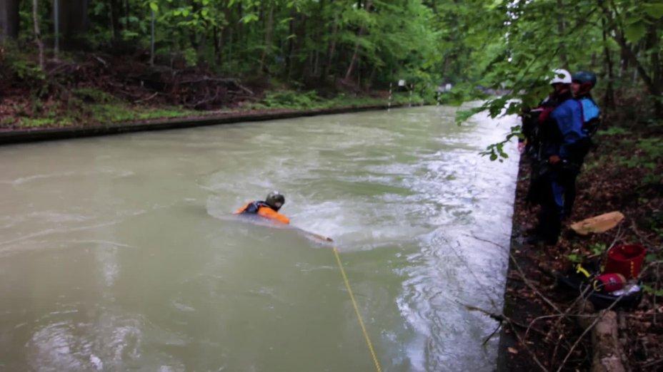 Sicherheitslehrgang Wildwasser 2020 am Augsburger Eiskanal - Trailer