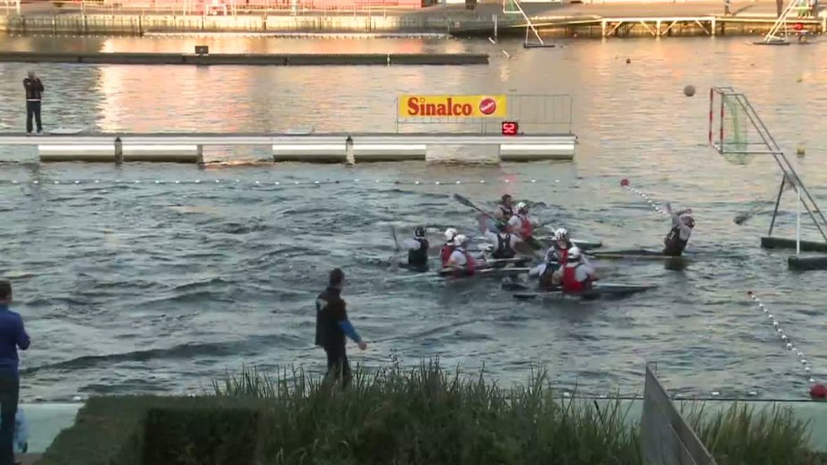 Spiel 74: Meridian gegen Michiel de Ruyter bei der European Club Championships Canoepolo 2012